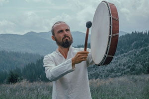 shamanic drum en medicine vocal coach
